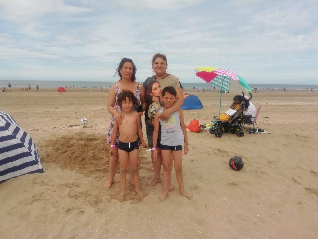 une famille hébergée par Coallia à Deauville le temps d'une journée